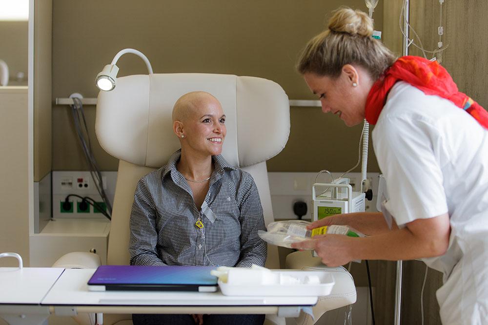 6 способов подготовиться к выпадению волос при химиотерапии