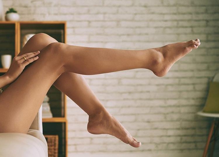 Как лечить ноги, если появился неприятный запах